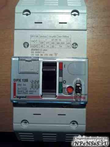 Автоматический выключатель Legrand DPX125 100A 36